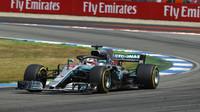 Lewis Hamilton opět vítězný