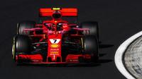 Kimi Räikkönen ve Velké ceně Maďarska dojel třetí za Lewisem Hamiltonem a svým týmovým kolegou
