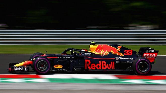 Max Verstappen s Red Bullem RB14 v Maďarsku