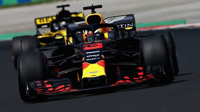 Daniel Ricciardo s Red Bullem RB14 v Maďarsku