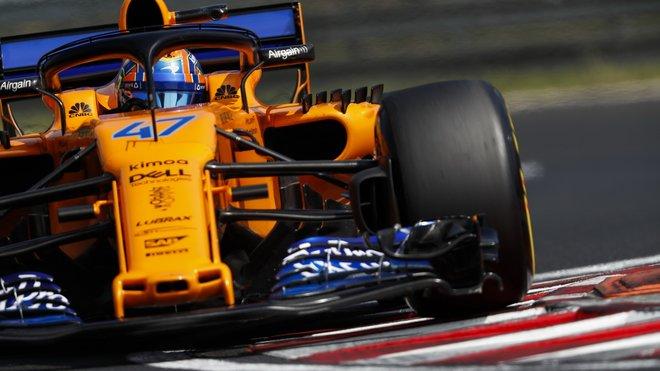 Lando Norris při testování McLarenu MCL33 v Maďarsku