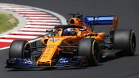 Lando Norris s McLarenem MCL33 během sezónních testů v Maďarsku