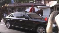 Premiéra čínské vládní limuzíny Hongqi N501 během oficiálních návštěv v Africe