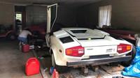 Poklady z tajemné garáže? 20 let ukrývané Lamborghini odhalilo svou cenu - anotační foto