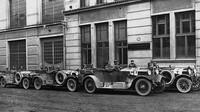 Tým Laurin & Klement v čele s legendárním závodníkem Sašou Kolowratem-Krakowským demonstroval kvality mladoboleslavské produkce například při Jízdě spolehlivosti (1922).