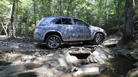 Prototyp Mercedesu GLE poodhaluje svou techniku