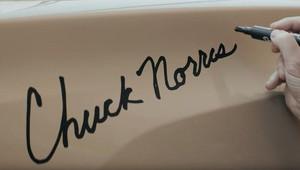 Auto s podpisem Chucka Norrise? Z obyčejné Toyoty se rázem stala filmová hvězda - anotační obrázek