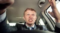 Negativní vliv hudby na řízení? Těmto skladbám je prý lepší se za volantem vyhnout - anotační foto