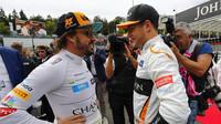 Fernando Alonso a Stoffel Vandoorne před závodem v Belgii