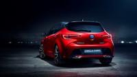 Toyota začne namísto stávajícího označení Auris používat název Corolla, který ponesou celosvětově všechny kompaktní hatchbacky, sedany a kombi nové generace.