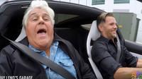 Jay Leno si vyzkoušel Model 3 a akceleraci nového Tesla Roadsteru