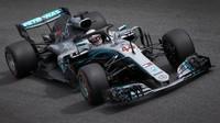 Lewis Hamilton v závodě v Monze