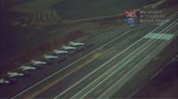 """Záběry z dokumentu """"Dálnice,"""" který sledoval první vojenské cvičení z roku 1980 na záložní přistávací dráze na dálnici D1"""