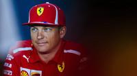 Po pěti letech vyhrává závod Räikkönen, Hamiltonova korunovace odložena - anotační obrázek