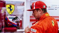 Kimi Räikkönen v kvalifikaci v Singapuru