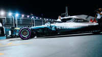 Lewis Hamilton během kvalifikace Singapuru