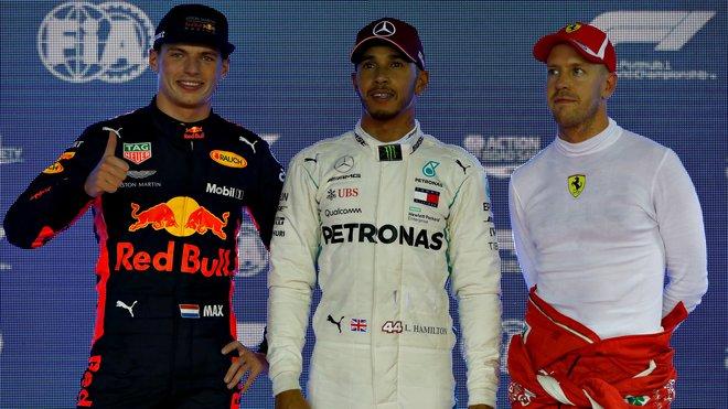 Max Verstappen se svými soupeři