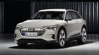 První elektromobil Audi? e-tron slibuje výkon 300 kW, dojezd 400 km a elektrizující potěšení z jízdy - anotační obrázek