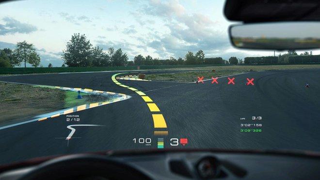 Vizualizace systému rozšířené reality WayRay ve vozech Porsche
