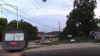 Radary v rukou veřejnosti? Policisté vymýšlí další způsoby, jak řidiče zpomalit - anotační obrázek