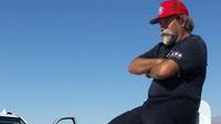 Robert Dalton přežil nehodu svého závodního speciálu Flashpoint Streamliner při rychlosti 687 km/h (Facebook/Flashpoint Streamliner)