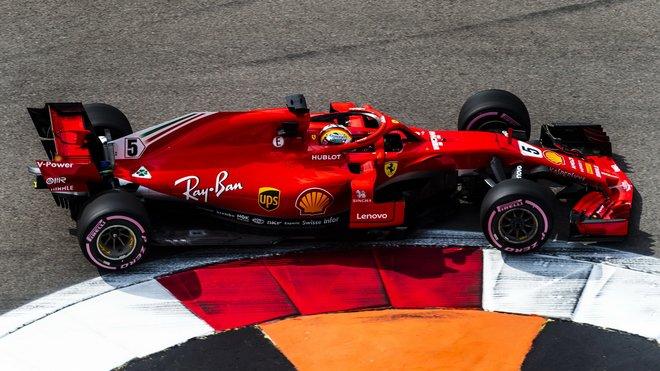 Sebastian Vettel s Ferrari SF71H v Rusku
