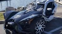 Policejní oddělení Miami South Beach dostalo velice neobvyklý služební stroj: Polaris Slingshot