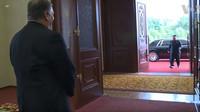 Kim Čong-un se objevil na setkání s americkým ministrem zahraničí v nové limuzíně Rolls-Royce