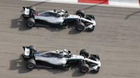 Mercedes chce jet na jistotu a možná dojde i na týmové příkazy pro jejich svěřence