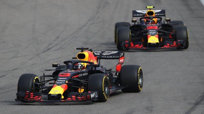 Daniel Ricciardo a Max Verstappen těsně za sebou ve Velké ceně Ruska 2018