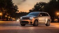Jeep Grand Cherokee Trackhawk upravený Hennessey je zřejmě nejlépe akcelerující SUV světa