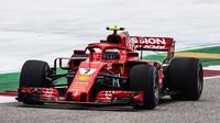 Kimi Räikkönen v kvalifikaci v Austinu