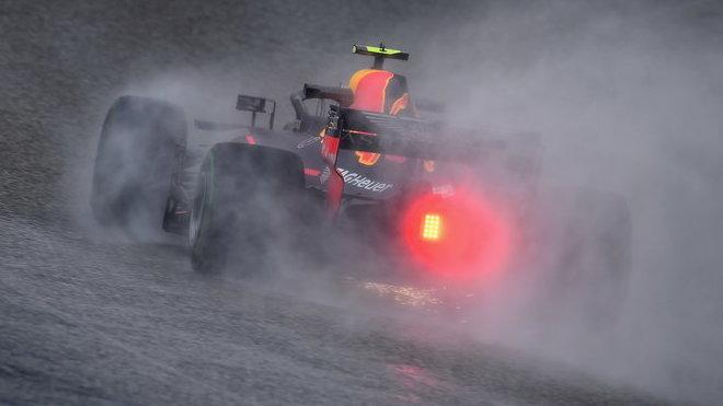 Max Verstappen v tréninku v Austinu