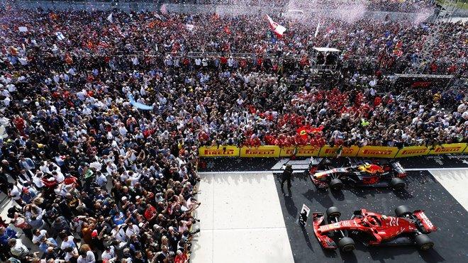 Slavnostní ceremoniál po závodě v Austinu