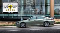 Nový Lexus ES patří mezi nejbezpečnější vozy v historii testování Euro NCAP