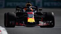 Daniel Ricciardo v tréninku v Mexiku