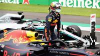 Daniel Ricciardo se raduje z Pole position po kvalifikaci v Mexiku