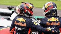 Daniel Ricciardo a Max Verstappen po kvalifikaci v Mexiku