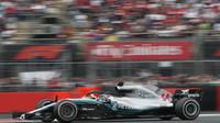 Lewis Hamilton v kvalifikaci v Mexiku