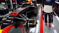 Přední zavěšení vozu Red Bull v kvalifikaci v Mexiku