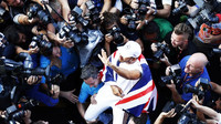 Lewis Hamilton slaví 5.titul mistra světa v Mexiku