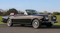 Rolls-Royce Corniche, který obdržel Frnk Sinatra k 70. narozeninám od svých přátel
