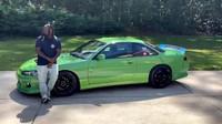 T-Pain se pustil do driftování, jeho strojem je upravený Nissan S14.5 s polepem ve stylu Rick and Morty