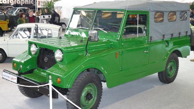 Mazda Pathfinder XV-1