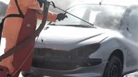 Extrémně výkonná wapka pořádně potrápila Peugeot 206