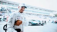 Lewis Hamilton po v kvalifikaci v Brazílii