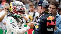Max Verstappen na pódiu po závodě v Brazílii
