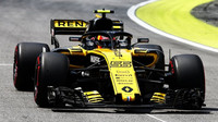 Sainze letos mátla nestabilita Renaultu RS18, když se snažil jezdit na limitu - anotační obrázek