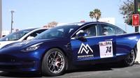 Tesla Model 3 v závodech deklasovala konkurenci, pak se ale stalo něco nepochopitelného - anotační obrázek