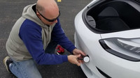 Díky silnější regeneraci energie lze Teslu Model 3 dobít i během tažení (YouTube/TechForum)